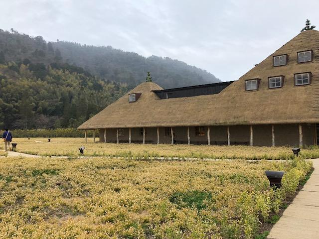 風景・街並みをつくる屋根