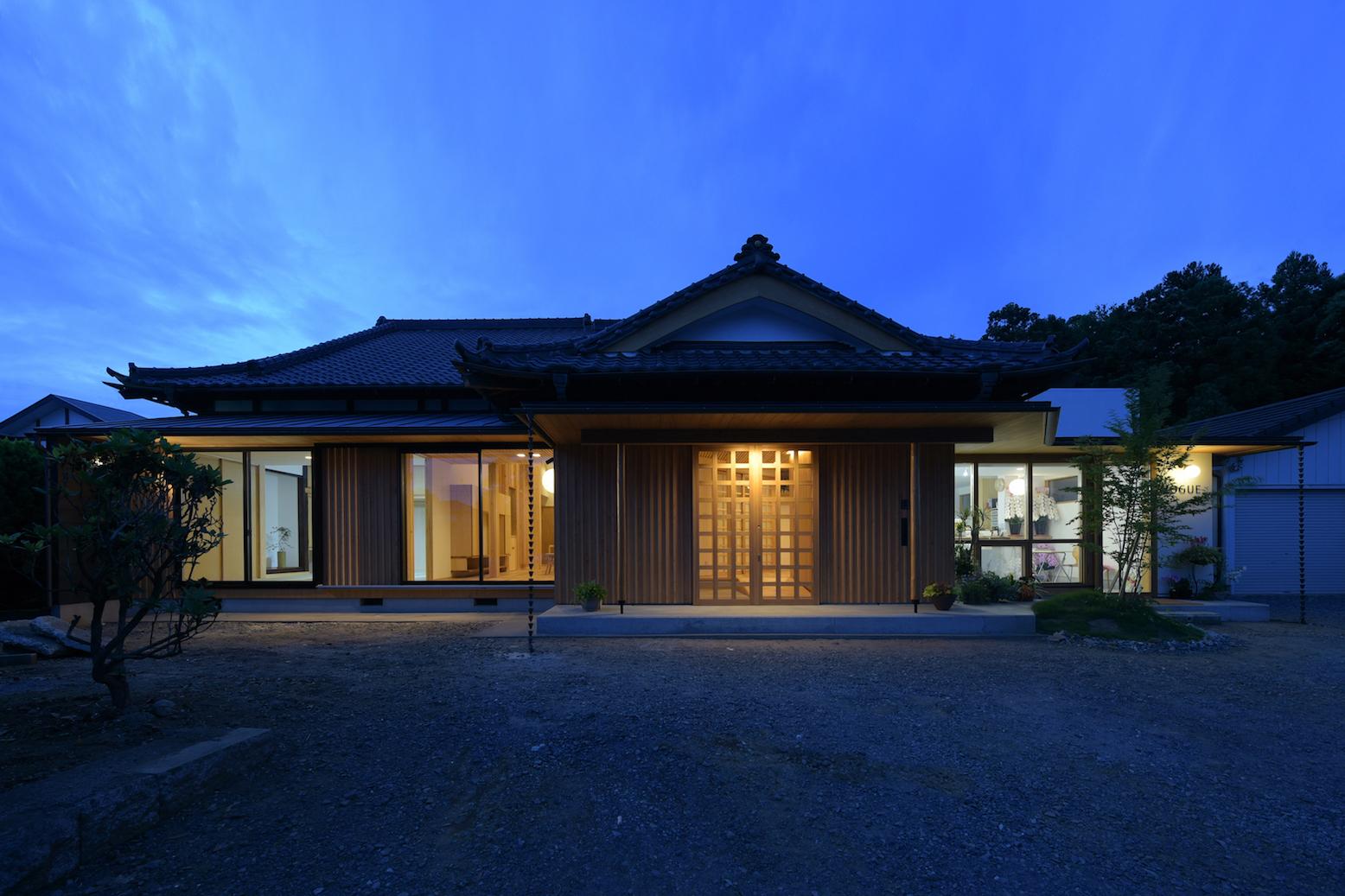 house-F-R 竣工写真ができました。